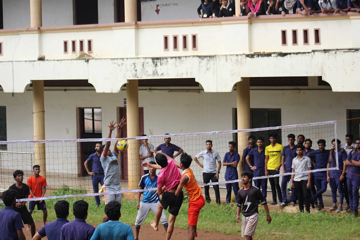 https://cache.careers360.mobi/media/colleges/social-media/media-gallery/4237/2019/2/25/Sports Activity of Ilahia School of Science and Technology Ernakulam_Sports.jpg