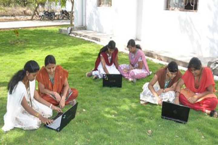 https://cache.careers360.mobi/media/colleges/social-media/media-gallery/4248/2019/2/22/Others of Idhaya Engineering College for Women Villupuram_Others.JPG