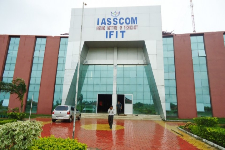 https://cache.careers360.mobi/media/colleges/social-media/media-gallery/4253/2019/1/9/Campus View of IASSCOM Fortune Institute of Technology Bhopal_Campus-View.jpg