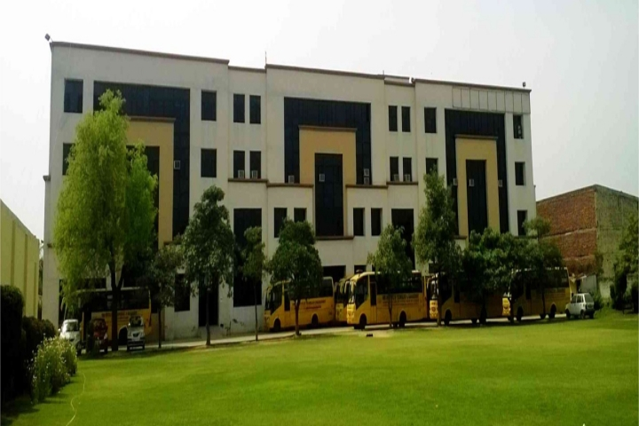 https://cache.careers360.mobi/media/colleges/social-media/media-gallery/4262/2018/10/15/Campus View of HMR Institute of Technology and Management Delhi_Campus View.jpg