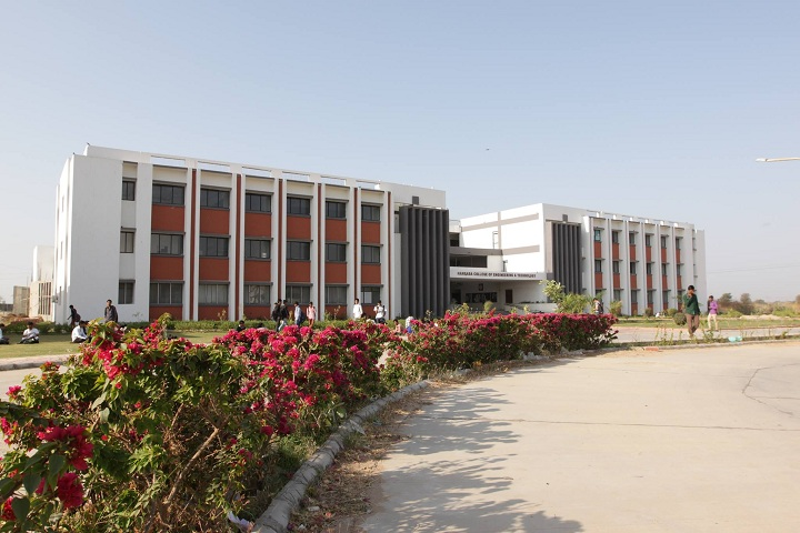 https://cache.careers360.mobi/media/colleges/social-media/media-gallery/4292/2019/3/14/Campus View of Hansaba College of Engineering and Technology Sidhpur_Campus-View.jpg