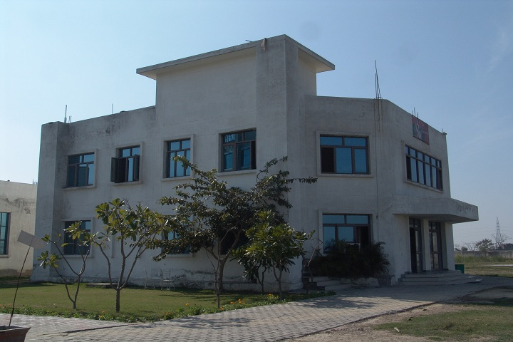 https://cache.careers360.mobi/media/colleges/social-media/media-gallery/4298/2019/7/8/Campus View of Gyan Bharti Institute of Technology Meerut_Campus-View.jpg