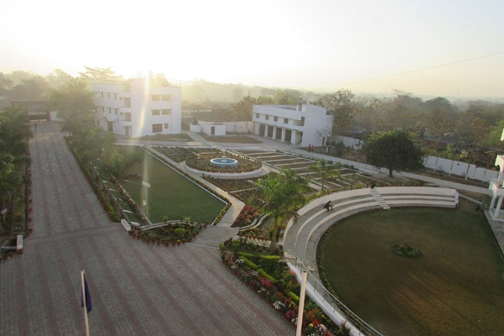 https://cache.careers360.mobi/media/colleges/social-media/media-gallery/4317/2019/3/8/Campus-View of Guru Gobind Singh Educational Societys Technical Campus Seraikela_Campus-View.jpg
