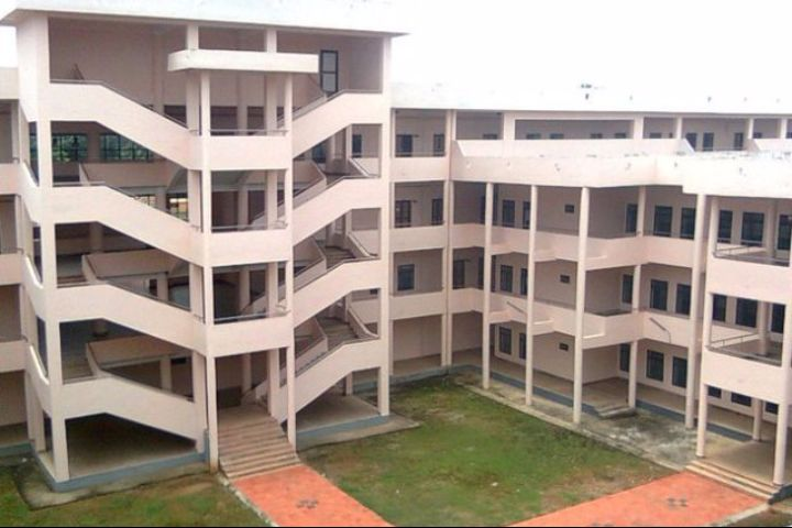 https://cache.careers360.mobi/media/colleges/social-media/media-gallery/4350/2018/4/26/GEC-Sreekrishnapuram--Campus-View-4.jpg