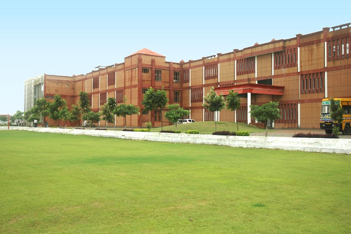 https://cache.careers360.mobi/media/colleges/social-media/media-gallery/4393/2018/9/6/College Building of Global Research Institute of Management and Technology Yamuna Nagar_Campus-View.jpg