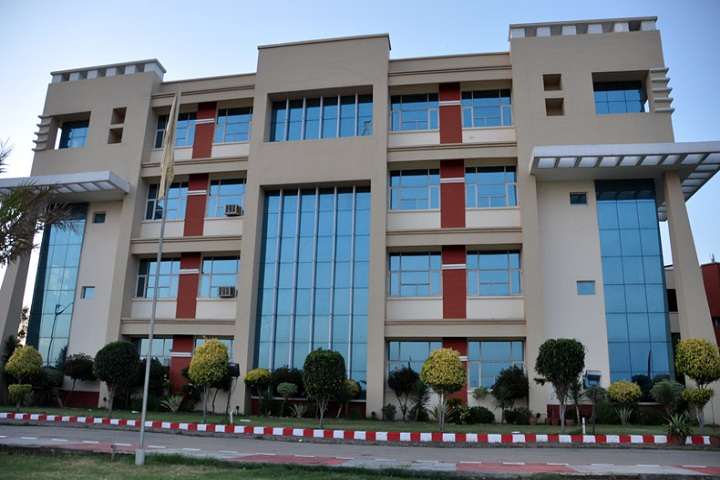 https://cache.careers360.mobi/media/colleges/social-media/media-gallery/4397/2020/9/29/Campus View of Global Institute of Management and Emerging Technologies Amritsar_Campus-View.jpg