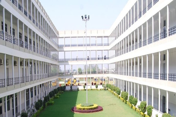 https://cache.careers360.mobi/media/colleges/social-media/media-gallery/4418/2019/3/23/Campus View of Geeta Institute of Management and Technology Kurukshetra_Campus-View.JPG