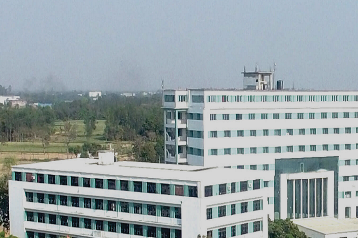https://cache.careers360.mobi/media/colleges/social-media/media-gallery/4421/2019/4/1/Campus view of GCRG Group of Institutions Lucknow_Campus-View.png