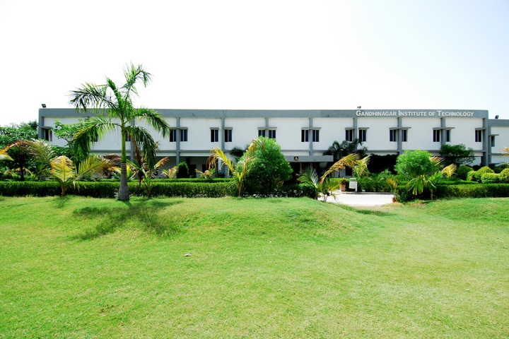 https://cache.careers360.mobi/media/colleges/social-media/media-gallery/4437/2018/11/2/Campus view of Gandhinagar Institute of Technology Gandhinagar_Campus-View.JPG