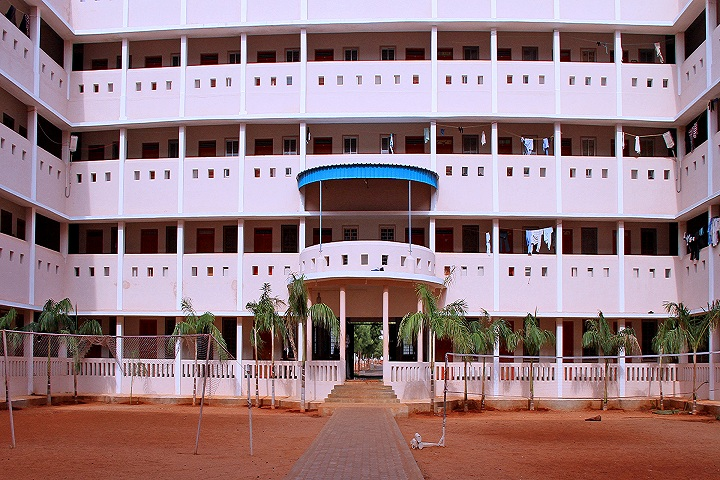 https://cache.careers360.mobi/media/colleges/social-media/media-gallery/4470/2018/10/17/Main Building view of VV College of Engineering Tirunelveli_Campus-View.jpg
