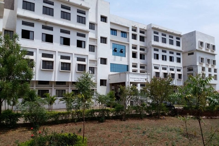 https://cache.careers360.mobi/media/colleges/social-media/media-gallery/4489/2018/10/15/campus view of Everest College of Engineering and Technology Aurangabad_Campus-view.jpg