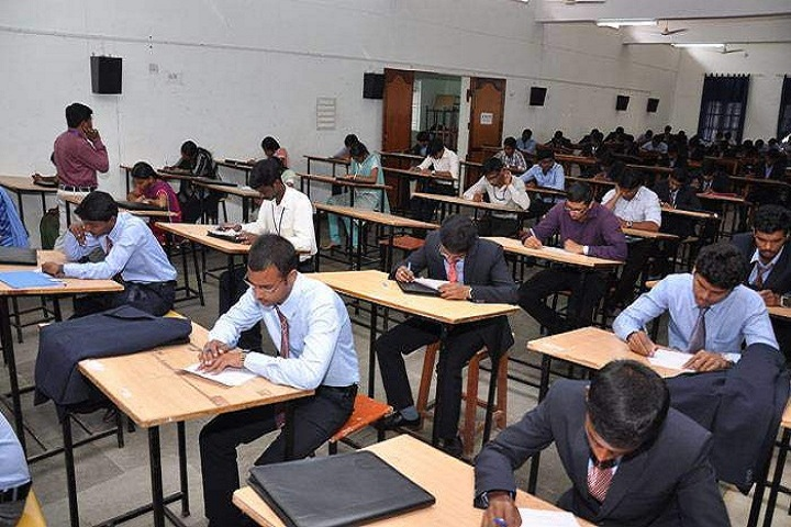 https://cache.careers360.mobi/media/colleges/social-media/media-gallery/4503/2018/10/11/Exam Hall of Einstein College of Engineering Tirunelveli_Others.jpg