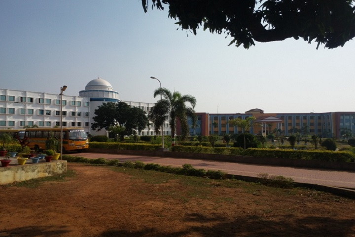 https://cache.careers360.mobi/media/colleges/social-media/media-gallery/4504/2018/10/12/College Building View of Einstein Academy of Technology and Management Khordha_Campus-View.jpg