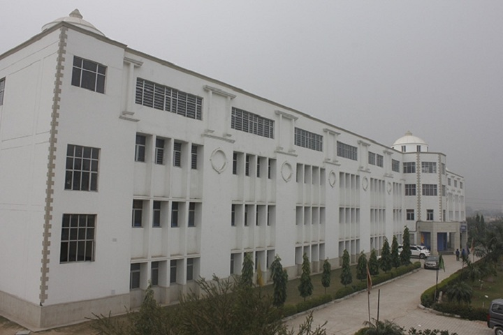 https://cache.careers360.mobi/media/colleges/social-media/media-gallery/4557/2018/12/14/Campus View of DPG Institute of Technology and Management Gurgaon_Campus-View.jpg