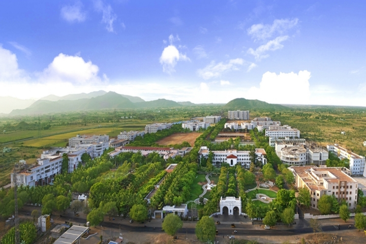 https://cache.careers360.mobi/media/colleges/social-media/media-gallery/4580/2019/5/27/Campus-View of Dhanalakshmi Srinivasan College of Engineering Perambalur_Campus-View.jpg
