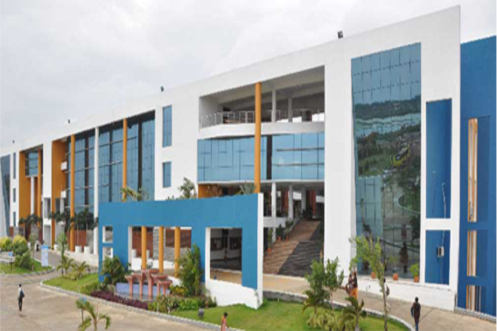 https://cache.careers360.mobi/media/colleges/social-media/media-gallery/4582/2019/5/27/Campus-View of Dhanalakshmi Srinivasan College of Engineering and Technology Chennai_Campus-View.png
