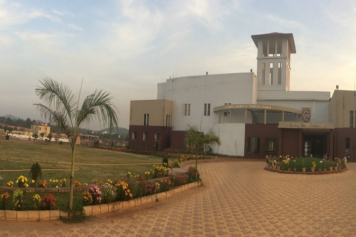 https://cache.careers360.mobi/media/colleges/social-media/media-gallery/46/2019/8/1/Campus View of Biju Patnaik University of Technology Rourkela_Campus-View.jpg