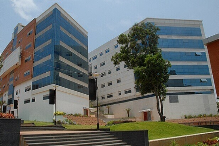 https://cache.careers360.mobi/media/colleges/social-media/media-gallery/4606/2019/5/27/Campus-View of Dayananda Sagar Academy of Technology and Management Bangalore_Campus-View.jpg