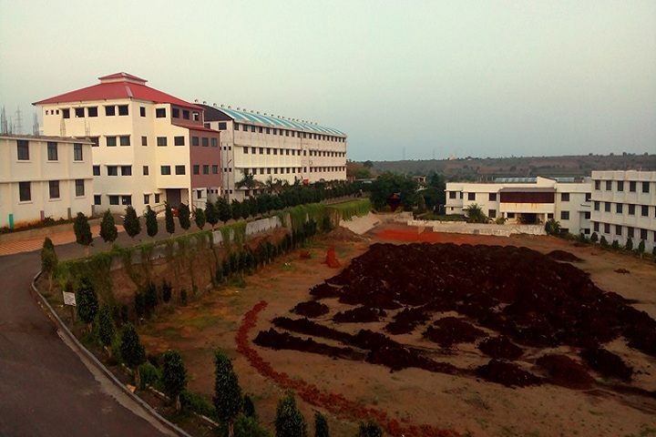 https://cache.careers360.mobi/media/colleges/social-media/media-gallery/4608/2018/10/30/Campus view of Dattakala Group of Institution Pune_Campus-View.jpg