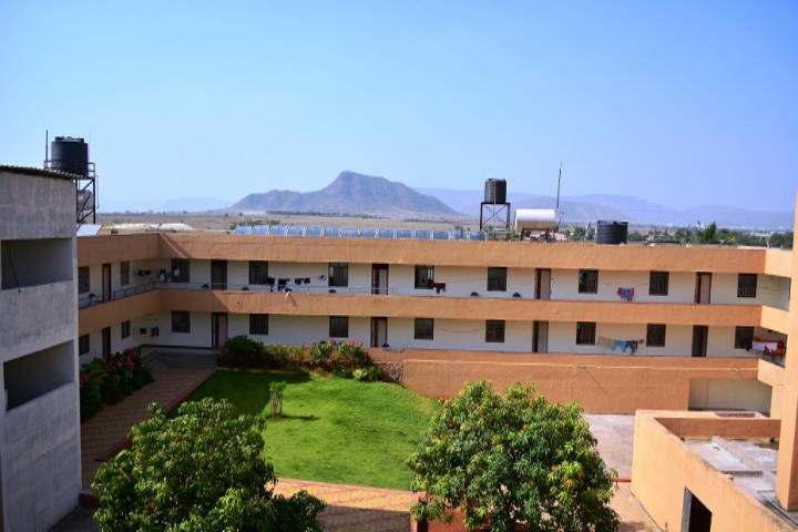 https://cache.careers360.mobi/media/colleges/social-media/media-gallery/4617/2018/5/3/DY-Patil-College-of-Engineering-Ambi-campus1.png
