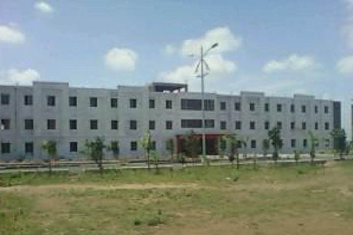 https://cache.careers360.mobi/media/colleges/social-media/media-gallery/4639/2019/1/18/College Building View of College of Engineering Vairag_Campus-View.jpg