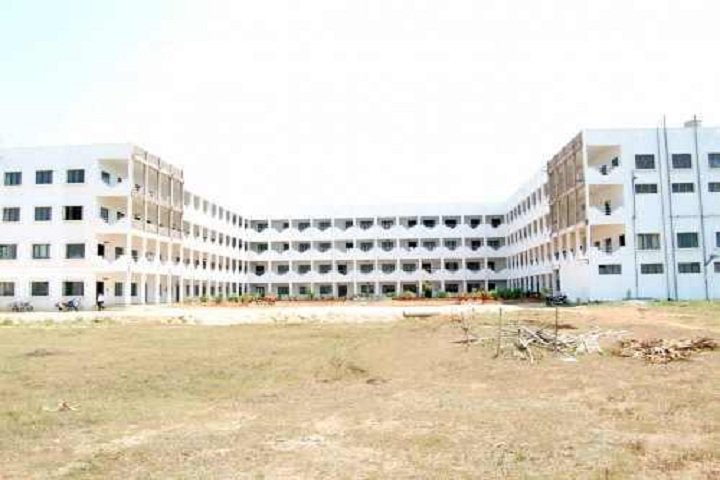 https://cache.careers360.mobi/media/colleges/social-media/media-gallery/4694/2019/3/22/Campus-View of Chebrolu Engineering College Guntur_Campus-View.jpg