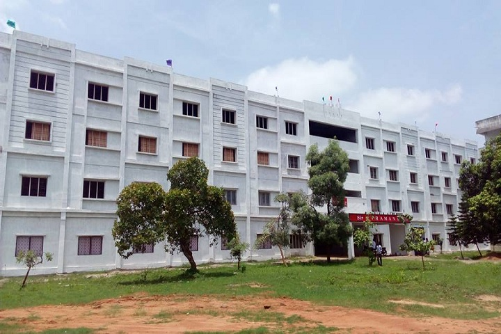 https://cache.careers360.mobi/media/colleges/social-media/media-gallery/4709/2019/3/13/College Building View of GIET Engineering College Rajahmundry_Campus-View_1.jpg