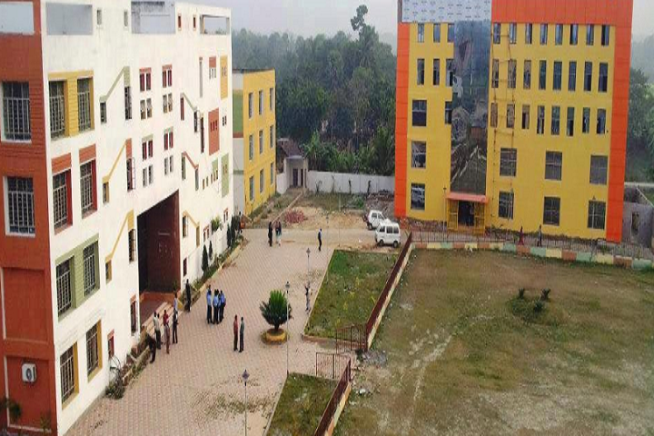 https://cache.careers360.mobi/media/colleges/social-media/media-gallery/4732/2020/8/29/Campus View of Camellia Institute of Technology Madhyamgram_Campus-View.png