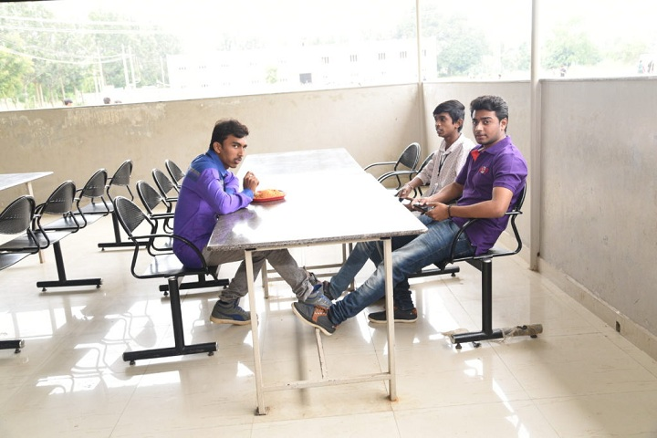 https://cache.careers360.mobi/media/colleges/social-media/media-gallery/4743/2019/2/28/Cafeteria of C Byregowda Institute of Technology Kolar_Cafeteria.jpg