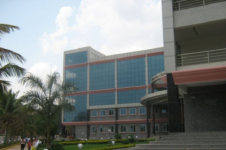 https://cache.careers360.mobi/media/colleges/social-media/media-gallery/4754/2018/12/19/Campus View of Brindavan College of Engineering Bangalore_Campus-View.jpg