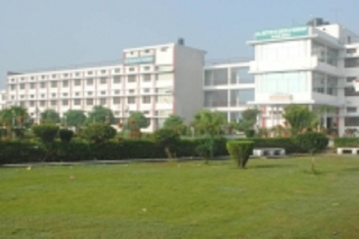 https://cache.careers360.mobi/media/colleges/social-media/media-gallery/4773/2019/4/2/Campus view of BIS College of Engineering and Technology Moga_Campus-View.jpg