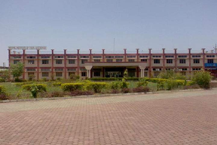 https://cache.careers360.mobi/media/colleges/social-media/media-gallery/4784/2020/12/4/Campus View of Bhopal Institute of Technology Bhopal_Campus-View.png