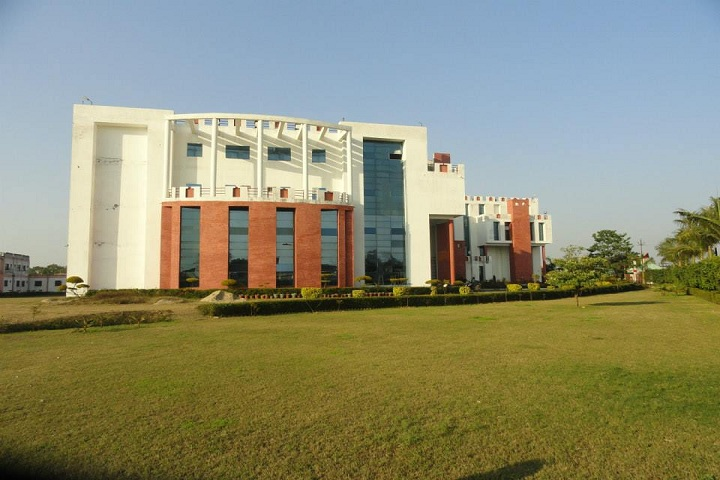 https://cache.careers360.mobi/media/colleges/social-media/media-gallery/4847/2018/10/26/Campus view of Bansal Institute of Engineering and Technology Meerut_Campus-View.jpg