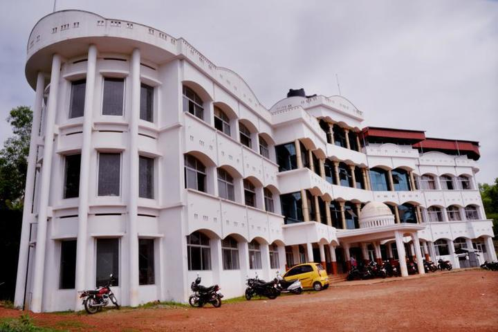 https://cache.careers360.mobi/media/colleges/social-media/media-gallery/4896/2019/3/23/Campus-View of AWH Engineering College Kozhikode_Campus-View.jpg