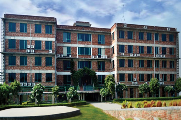 https://cache.careers360.mobi/media/colleges/social-media/media-gallery/491/2018/11/21/College Front View of NIILM Centre for Management Studies Greater Noida_Campus-View.jpg