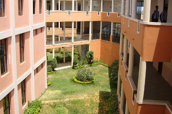 https://cache.careers360.mobi/media/colleges/social-media/media-gallery/4920/2019/7/5/Campus View of Astral Institute of Technology and Research Indore_Campus-View.jpg