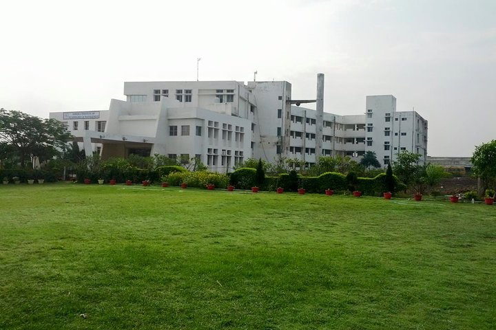 https://cache.careers360.mobi/media/colleges/social-media/media-gallery/4931/2019/5/28/Campus-View of Ashoka Institute of Technology and Management Rajnandgaon_Campus-View.jpg