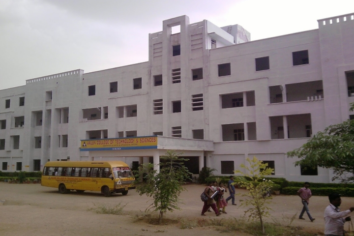 https://cache.careers360.mobi/media/colleges/social-media/media-gallery/4956/2019/5/29/Campus-View of Arjun College of Technology and Sciences, Hayathnagar_Campus-View.jpg