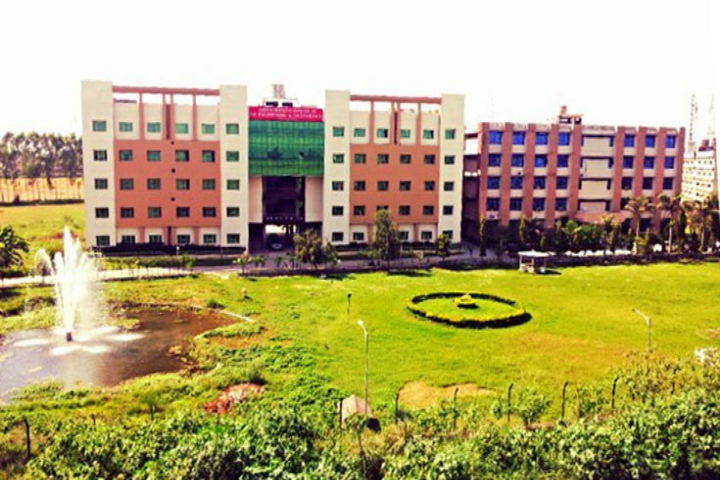 https://cache.careers360.mobi/media/colleges/social-media/media-gallery/5019/2018/10/6/Campus View of Aman Bhalla Institute of Engineering and Technology Pathankot_Campus-View.jpg