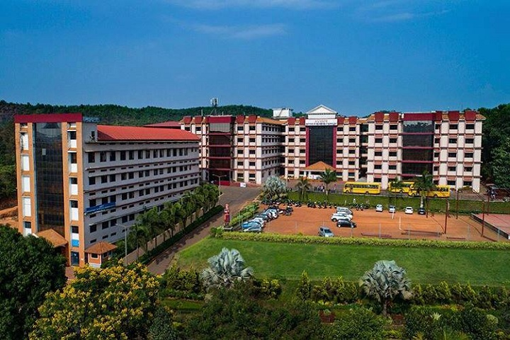 https://cache.careers360.mobi/media/colleges/social-media/media-gallery/5023/2018/12/20/Campus View full of Alvas Institute of Engineering and Technology Mangalore_Campus-View.jpg