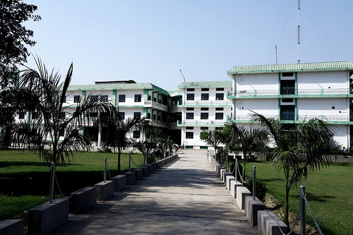 https://cache.careers360.mobi/media/colleges/social-media/media-gallery/5057/2020/10/28/Campus View of Agra Public College of Technology and Management Agra_Campus-View.jpg