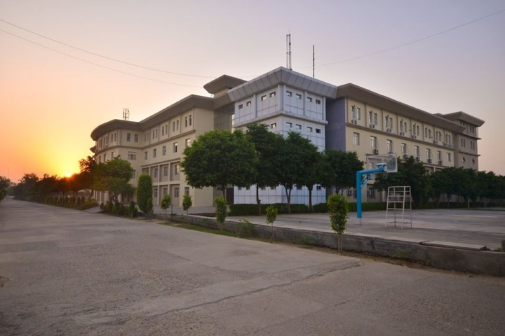 https://cache.careers360.mobi/media/colleges/social-media/media-gallery/5062/2018/10/8/Campus View of Advanced Institute of Technology and Management Palwal_Campus-View.jpg