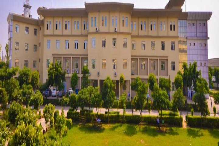 https://cache.careers360.mobi/media/colleges/social-media/media-gallery/5063/2019/7/27/College View of Advanced College of Technology and Management Palwal_Campus-View.jpg