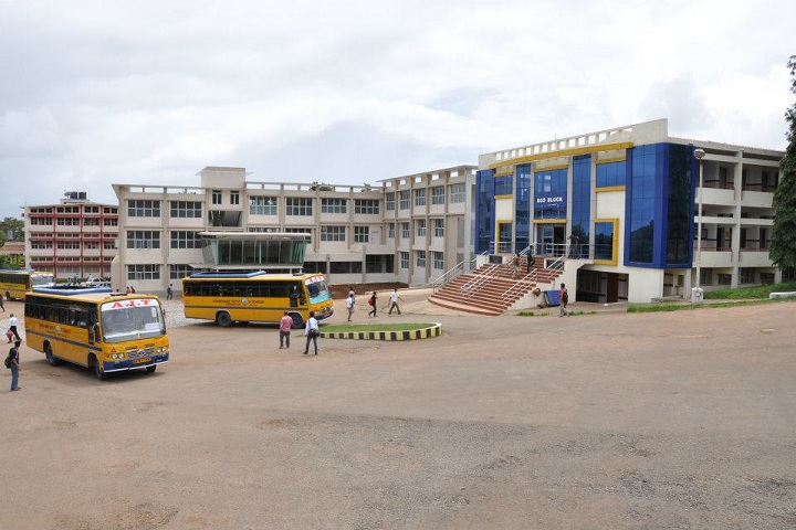 https://cache.careers360.mobi/media/colleges/social-media/media-gallery/5074/2019/4/2/Campus View of Adichunchanagiri Institute of Technology, Chikmagalur_Campus-View.JPG