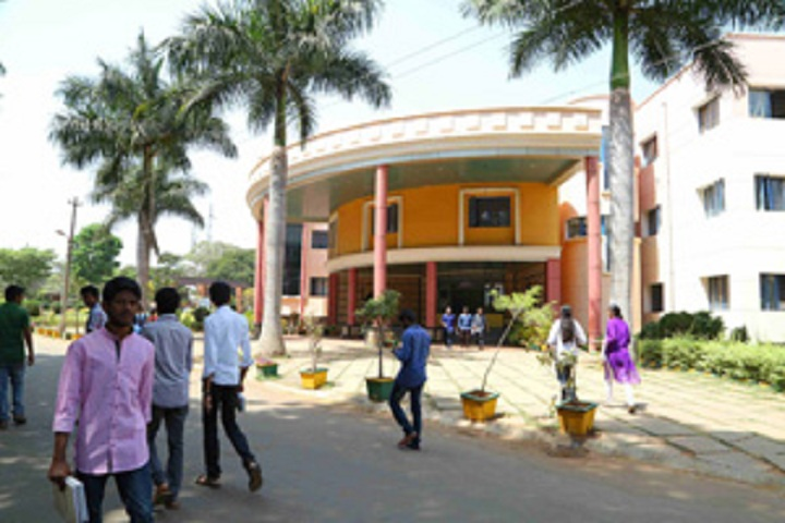 https://cache.careers360.mobi/media/colleges/social-media/media-gallery/5131/2018/9/22/Campus view of Kalpataru Institute of Technology Tumkur_Campus-view.jpg