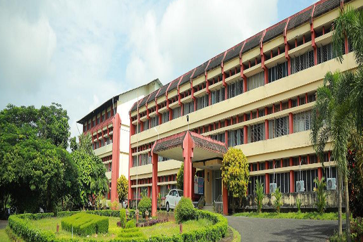 https://cache.careers360.mobi/media/colleges/social-media/media-gallery/5132/2020/11/27/Campus-View of Kelappaji College of Agricultural Engineering and Technology Tavanur_Campus-View.png