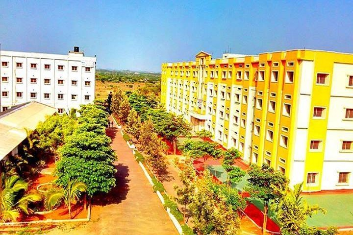 https://cache.careers360.mobi/media/colleges/social-media/media-gallery/5186/2018/10/22/Campus View of Sree Dattha Institute of Engineering and Sciences Ibrahimpatnam_Campus-View.jpg