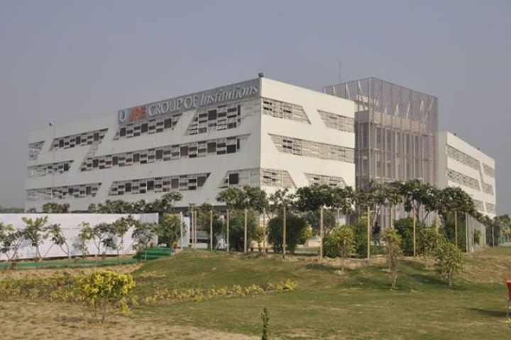https://cache.careers360.mobi/media/colleges/social-media/media-gallery/5196/2018/10/6/Campus View of JRE Group of Institutions Greater Noida_Campus-View.jpg