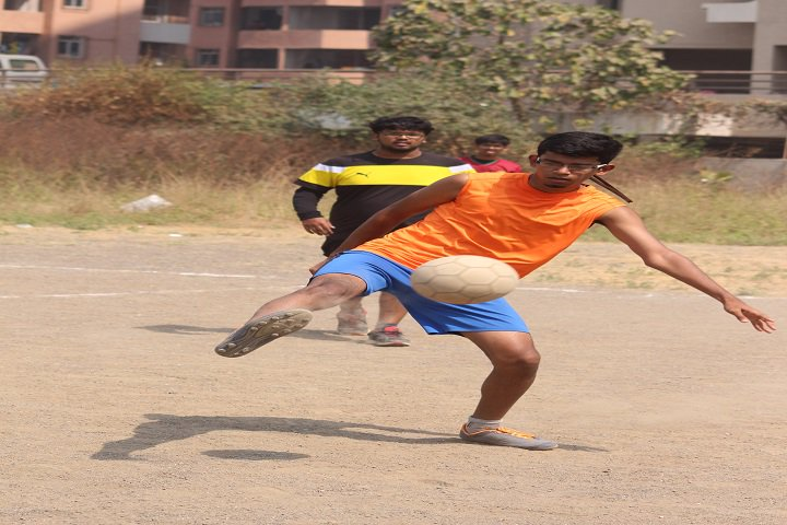 https://cache.careers360.mobi/media/colleges/social-media/media-gallery/5277/2018/11/2/Outdoor Games of Dr DY Patil Biotechnology and Bioinformatics Institute Navi Mumbai_Sports.JPG
