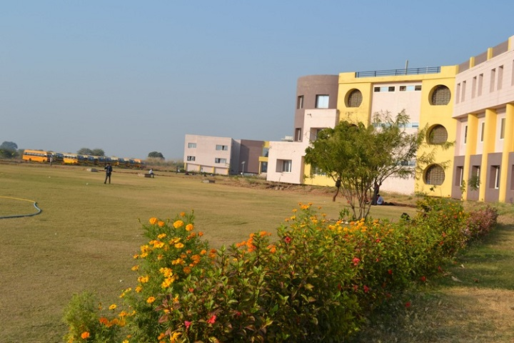 https://cache.careers360.mobi/media/colleges/social-media/media-gallery/5386/2019/5/28/College Building View of Vikrant Institute of Management Gwalior_Campus-View.jpg